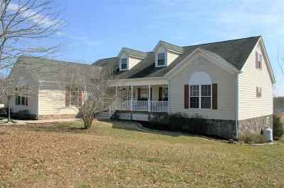 Louisa County Single Family Home For Sale: 22 Ordinary Way
