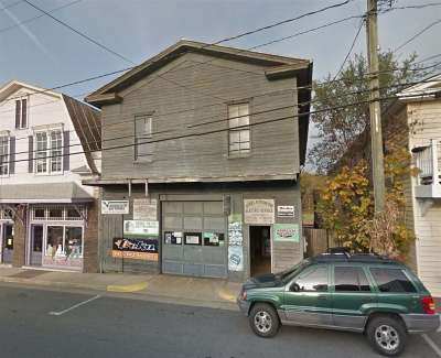 Broadway Commercial Sold: 140 North Main St