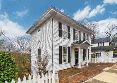 Staunton Single Family Home For Sale: 440 E Beverley St