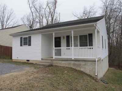 Waynesboro Single Family Home For Sale: 904 Frye St
