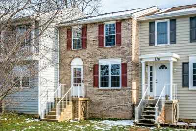 Bridgewater Townhome For Sale: 127 Cindie Ln