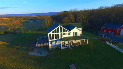 Shenandoah County Single Family Home For Sale: 20361 Senedo Rd