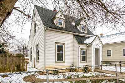 Staunton Single Family Home For Sale: 807 Nelson St