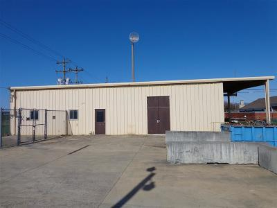 Dayton Commercial Lease For Lease: 2869b W Mosby Rd