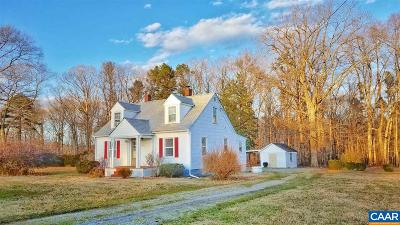 Louisa County Single Family Home For Sale: 2661 Jefferson Hwy