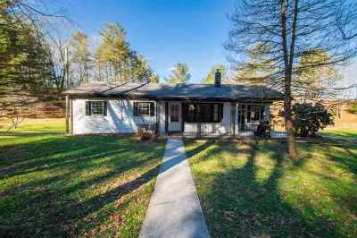 Rockingham County Single Family Home For Sale: 4209 Peake Mountain Rd