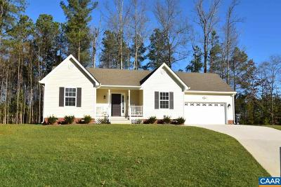 Louisa County Single Family Home For Sale: 400 Peregrine Pl