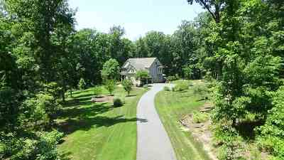 Louisa County Single Family Home For Sale: 466 Walnut View Dr
