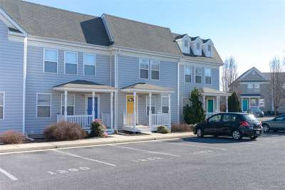 Harrisonburg Townhome For Sale: 1264 Old Richmond Cir