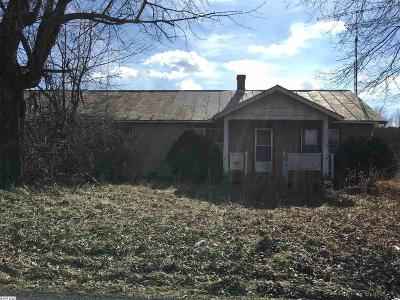 Rockingham County Single Family Home For Sale: 2598 Newtown Rd