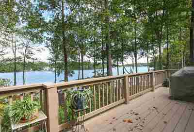 Palmyra Single Family Home For Sale: 25 Whippoorwill Ln