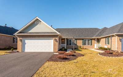 Townhome For Sale: 34 Jenna Ln
