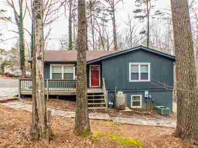 Fluvanna County Single Family Home For Sale: 6 Chestnut Ct