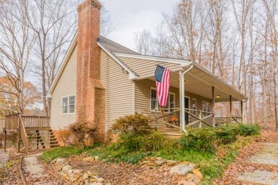 Single Family Home For Sale: 2941 A N Amherst Hwy