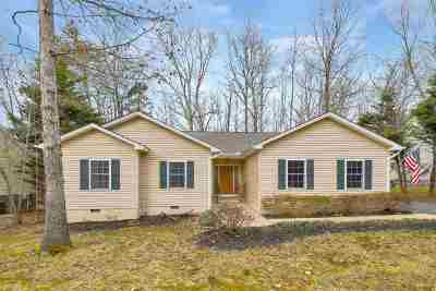Fluvanna County Single Family Home For Sale: 31 Stonewall Rd