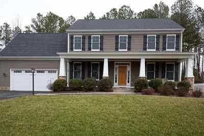 Louisa County Single Family Home For Sale: 82 Eagle Creek Ter