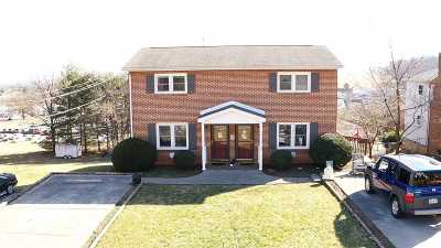 Staunton Single Family Home For Sale: 24 Montgomery Rd