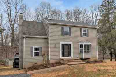 Charlottesville Single Family Home For Sale: 2755 Leeds Ln