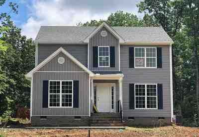 Louisa Single Family Home For Sale: 54 Summers Landing Ln