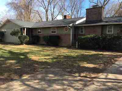 Single Family Home For Sale: 238 Stribling Ave