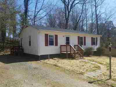 Louisa County Single Family Home For Sale: 702 Piedmont Ave