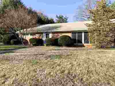 Waynesboro Single Family Home For Sale: 2301 Forest Dr