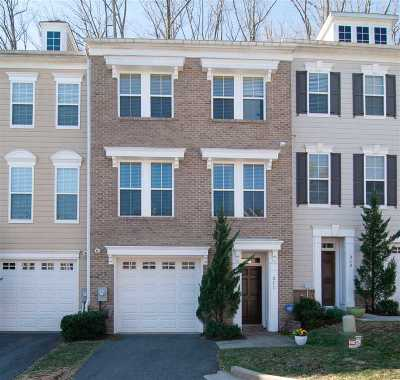 Townhome For Sale: 311 Poplar Glen Ct