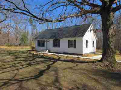 Louisa Single Family Home For Sale: 6062 E Old Mountain Rd