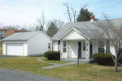Staunton VA Single Family Home For Sale: $159,000