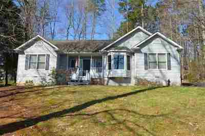 Palmyra Single Family Home For Sale: 6 Whippoorwill Ln