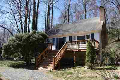 Single Family Home For Sale: 4883 Middle River Rd
