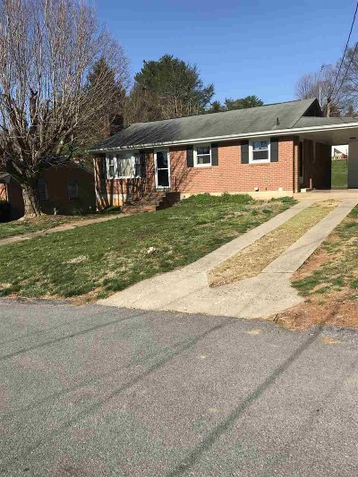 Staunton VA Single Family Home For Sale: $169,000