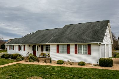 Single Family Home Sold: 923 Morninglory Ct