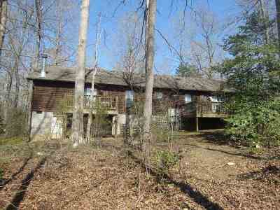 Louisa County Single Family Home For Sale: 583 Little River Farm Rd