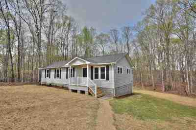 Fluvanna County Single Family Home For Sale: 812 Spring Rd