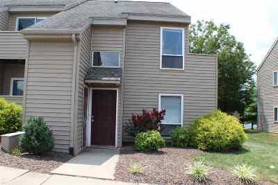 Townhome For Sale: 1309 Bradley Dr