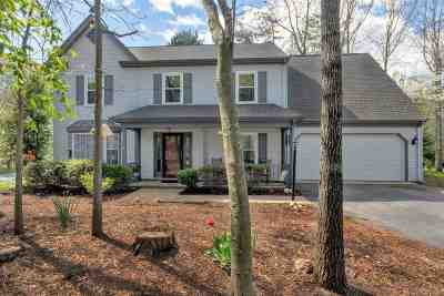 Charlottesville Single Family Home For Sale: 1899 Amberfield Dr
