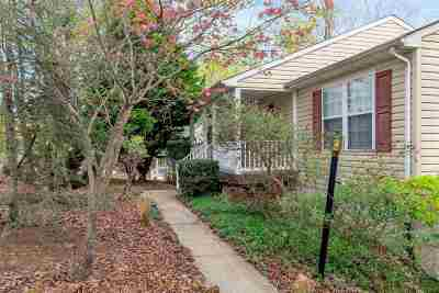 Palmyra Single Family Home For Sale: 15 Brougham Rd
