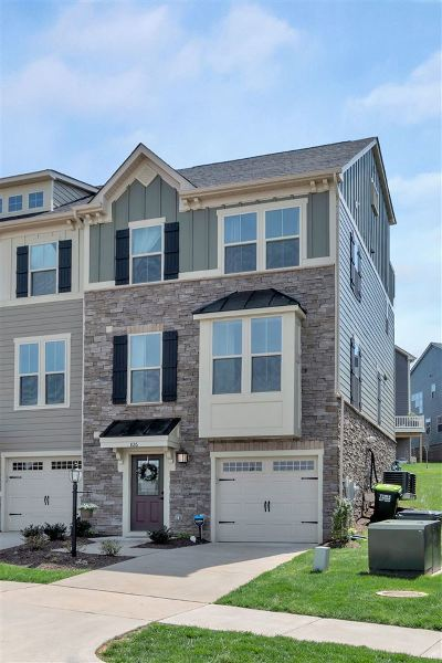 Albemarle County Townhome For Sale: 826 Oval Park Ln