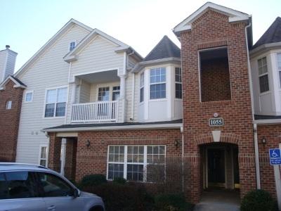 Albemarle County  Condo For Sale: 1055 Weybridge Ct #301