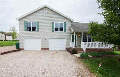 Augusta County Single Family Home For Sale: 120 South Foxhall Ln