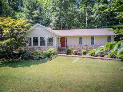 Single Family Home For Sale: 3589 Dundee Rd