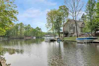Palmyra Single Family Home For Sale: 3 Trout Pt