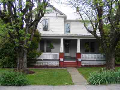 New Market Single Family Home For Sale: 9234 North Congress St