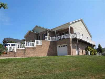 Harrisonburg Townhome For Sale: 2150 Lake Terrace Dr
