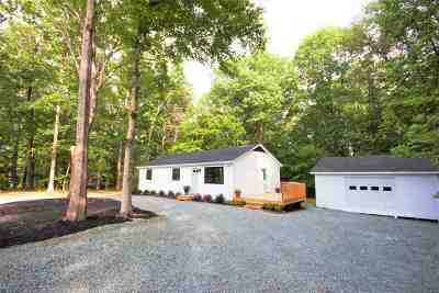 Palmyra Single Family Home For Sale: 94 Bybees Church Rd