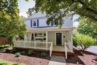 Staunton Single Family Home For Sale: 401 College Cr