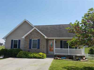 Rockingham County Single Family Home For Sale: 3159 Valor Ct