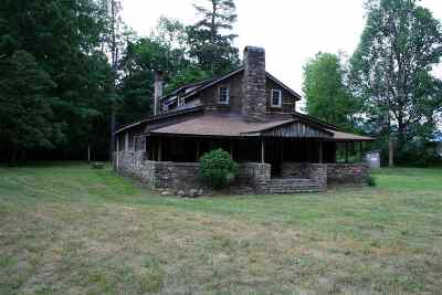 Augusta County Single Family Home For Sale: 1654 Deerfield Valley Rd