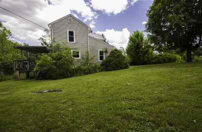 Single Family Home For Sale: 2519 South Middle Rd